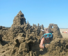 Lilly Cadow deep sandcastle explorer